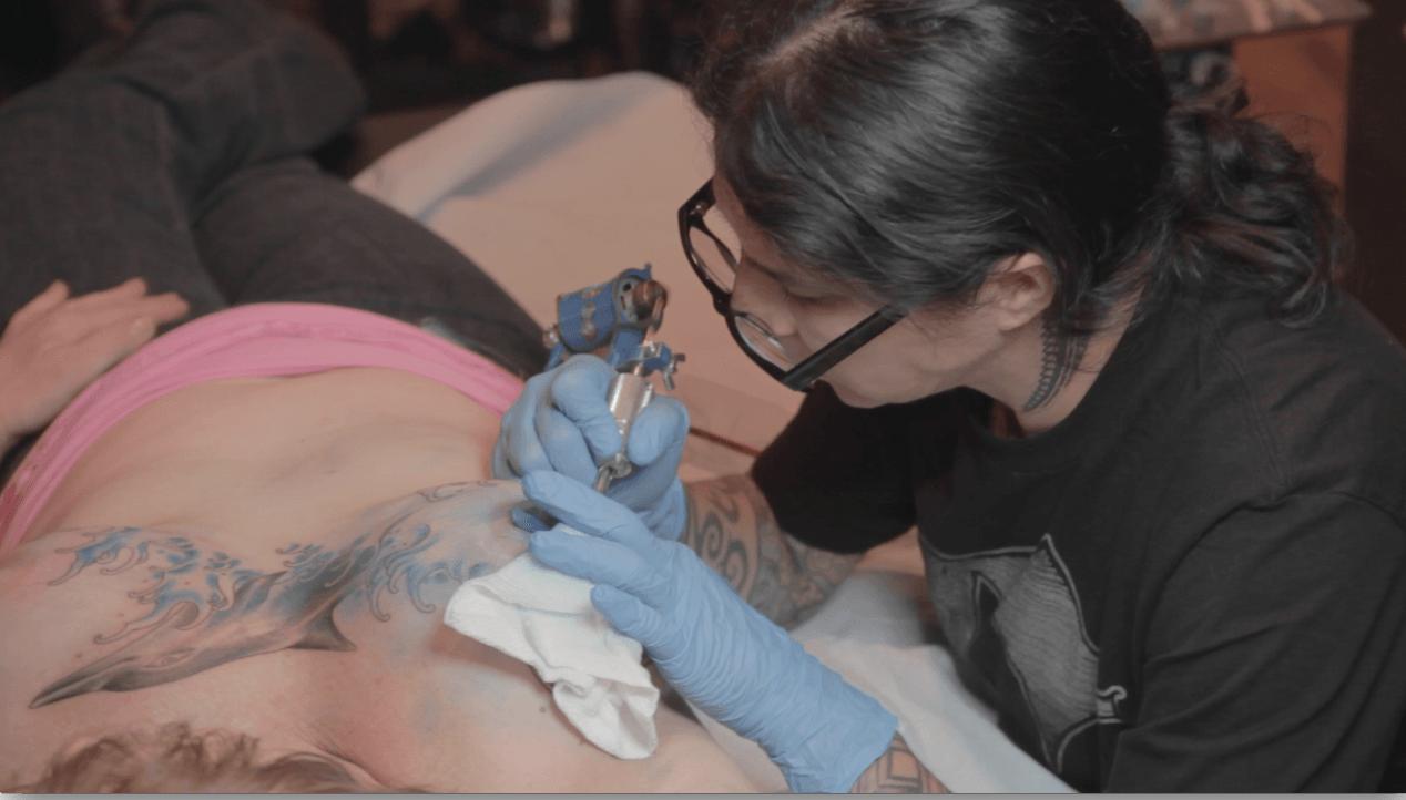 tatuajes mastectomia NikkiLugo Leandria