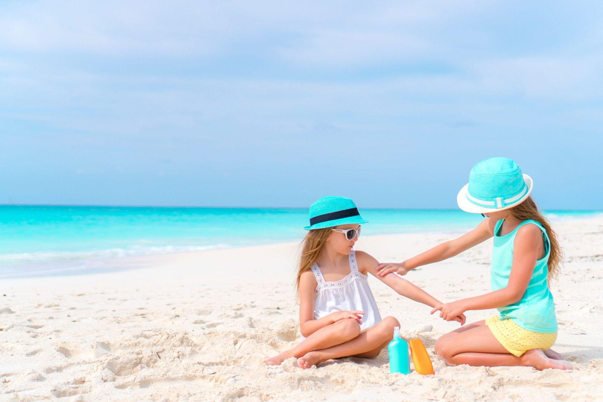 Consejos sobre fotoprotección solar en niños y adolescentes