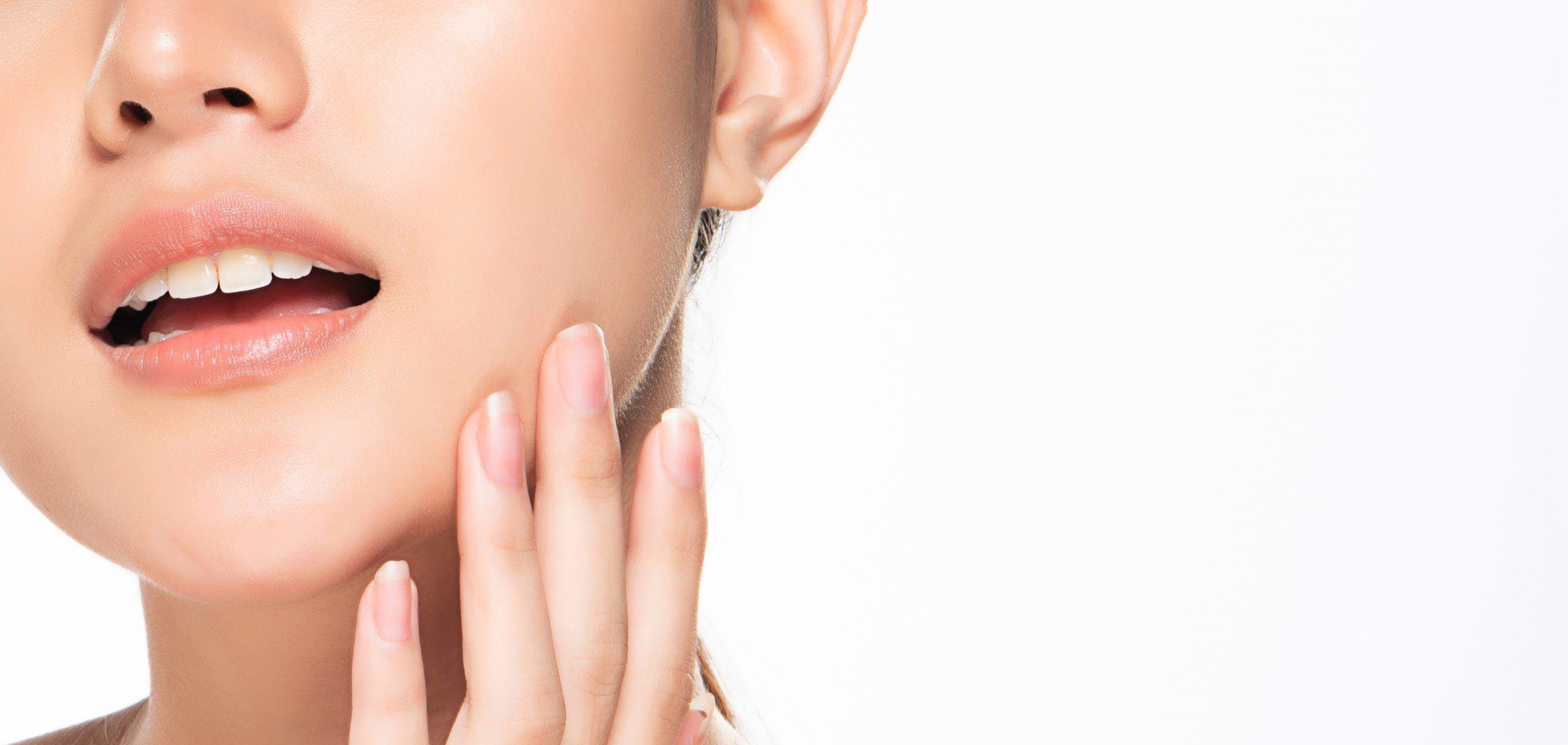 ¿Tienes manchas marrones en la piel? Cuidados útiles