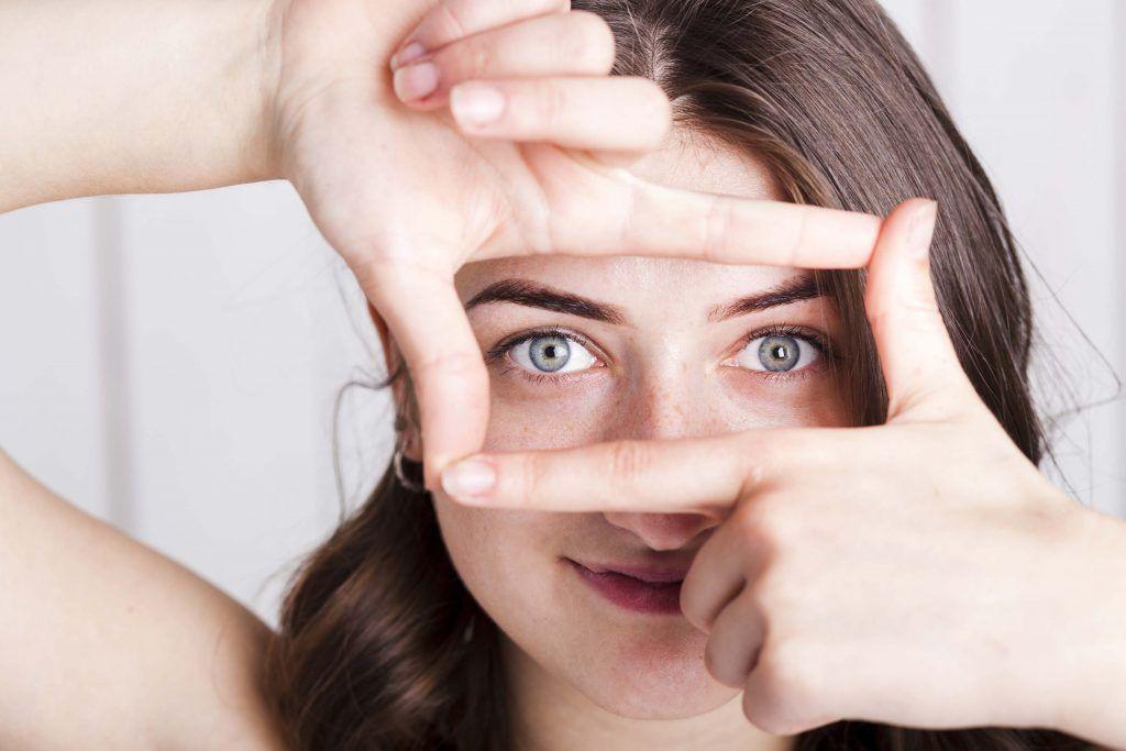 Tratamiento de contorno de ojos